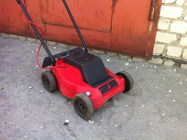 Продам газонокосилка роторная
