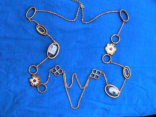 Продам золотистая подвеска с камнями женская