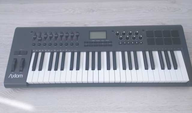 Продам USB MIDI M-Audio Axiom 49