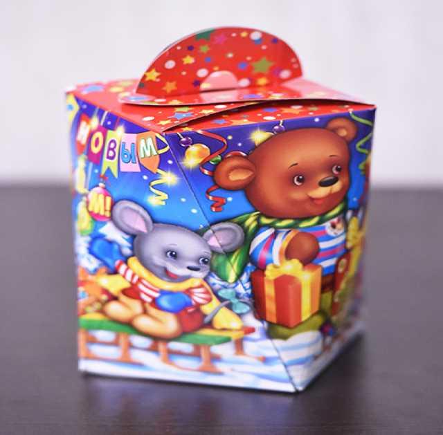 Продам Упаковка для Новогодних подарков,Россия
