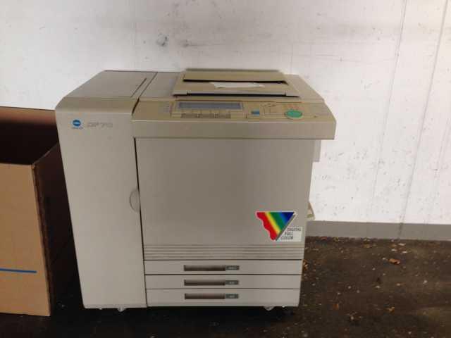 Продам Лазерный принтер minolta CF70