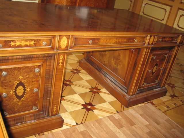 Продам: Письменный и компьютерный столы