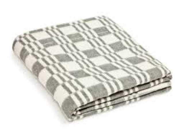 Продам: Одеяла оптом по 220 р для гостиниц