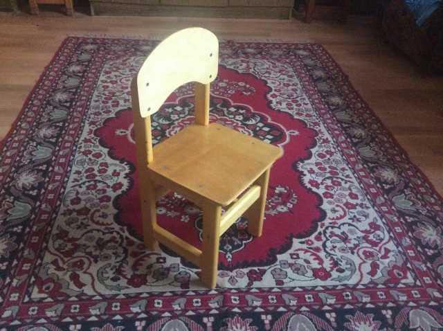 Продам: Детский стул