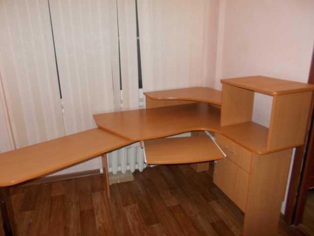 Продам Стол руководителя или администратора
