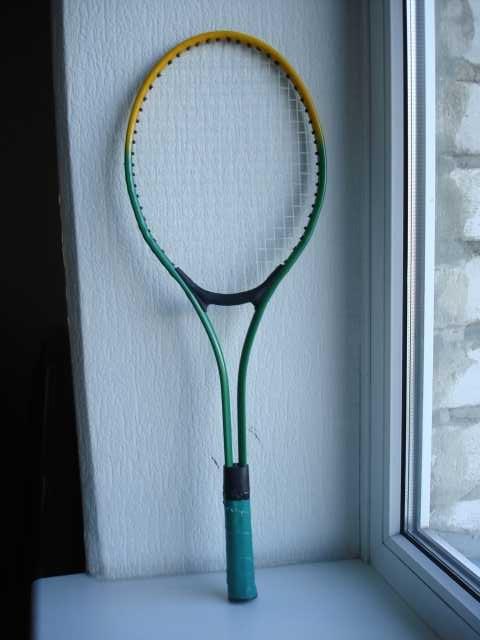 Продам Ракетку детскую для большого тенниса