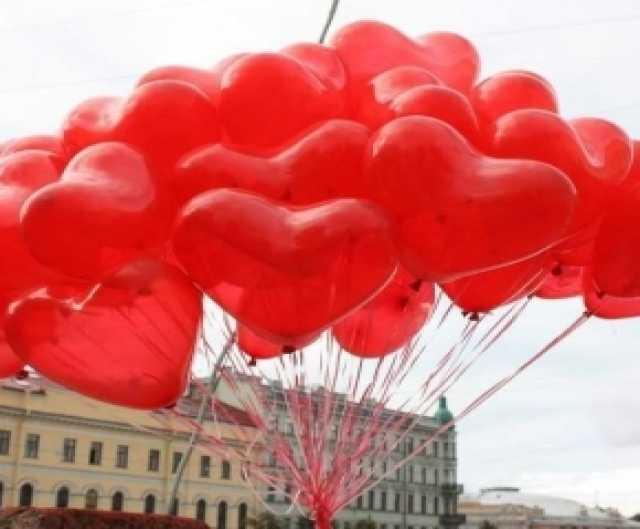 Продам 30 воздушных сердец с гелием