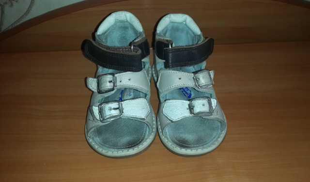 Продам Ортопедические сандали.