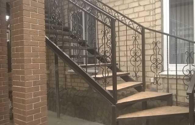Продам Металлические лестницы