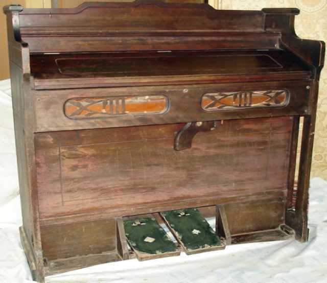 Продам Комнатный миниорган (фисгармония).