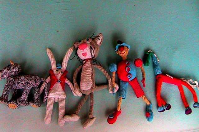 Продам детские игрушки, связанные из ниток