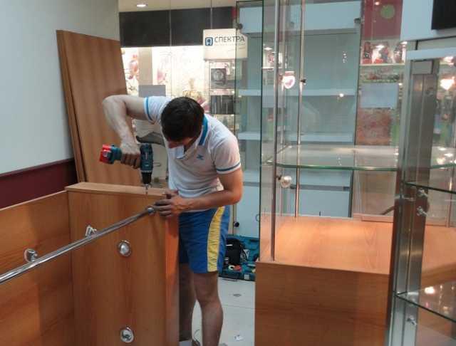 Вакансия: мастер по ремонту и сборке мебели