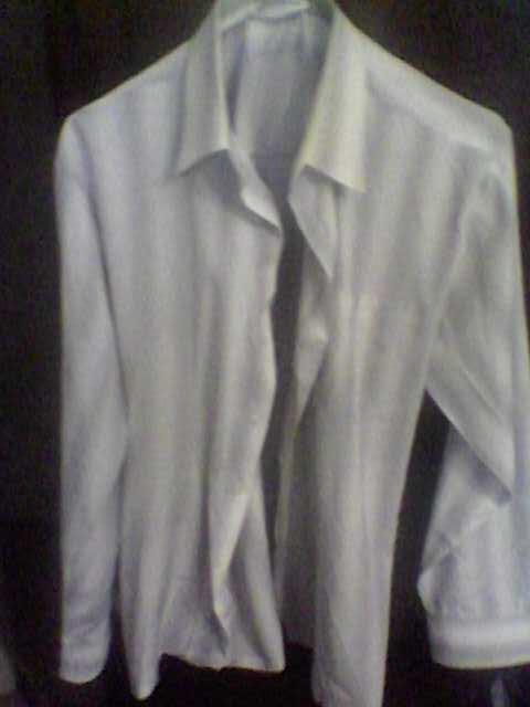 Продам Рубашка светлая р.40