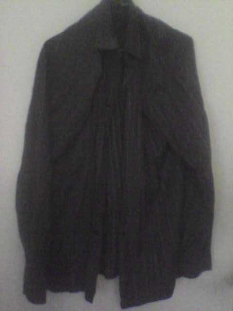 Продам Рубашка тёмная полосатая р.41
