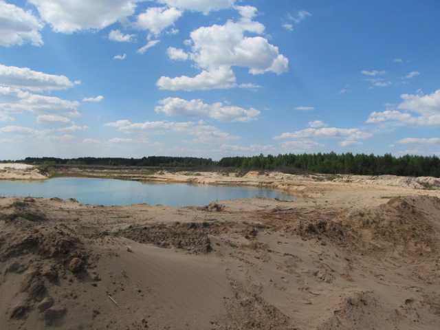 Продам: Участок 20  соток с  лесом у озера