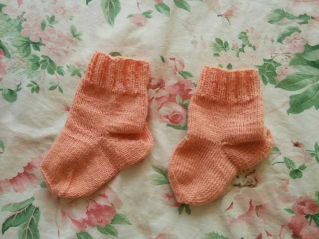 Продам Детские вязаные носки ручной работы