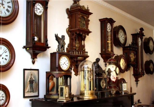 Куплю старые, неисправные настенные часы.