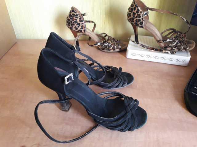 Продам туфли для спортивных бальных танцев