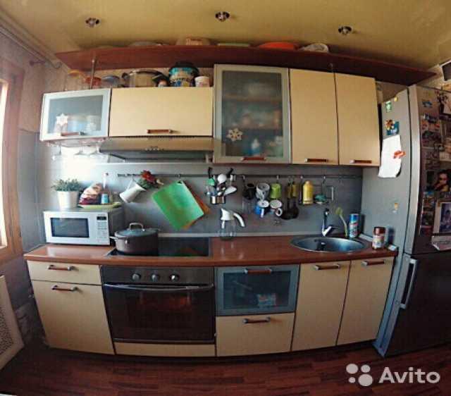 Продам кухонный гарнитур+тумба+барная стойка