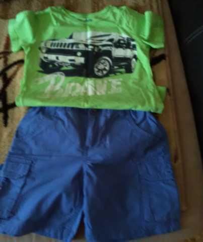 Продам Набор шорты и футболка детские