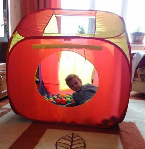 Продам Детский домик + 100 мячиков