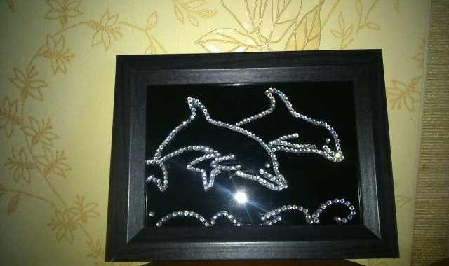 Продам Картина из страз Дельфины