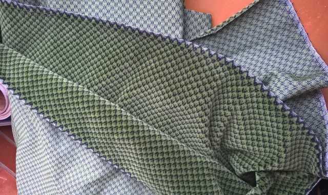 Продам Ткань обивочная велюр. Темно-зеленая