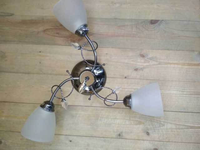 Продам Новая люстра Л-35 на 3 лампы