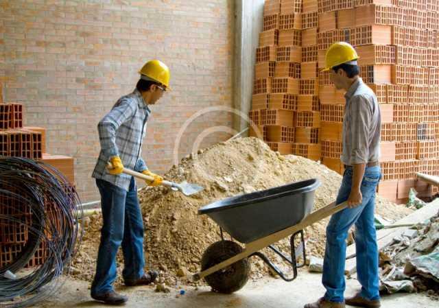 Вакансия: Разнорабочие на кровельные работы