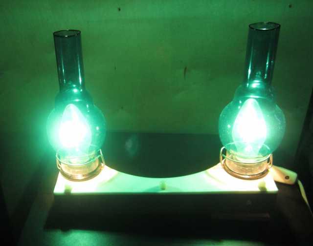 Продам ночной настенный светильник
