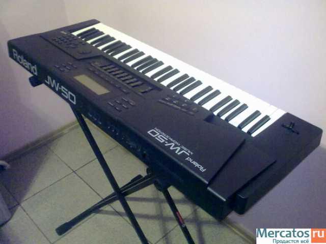 Продам Синтезатор RolandJ W50 MusicWorkstation