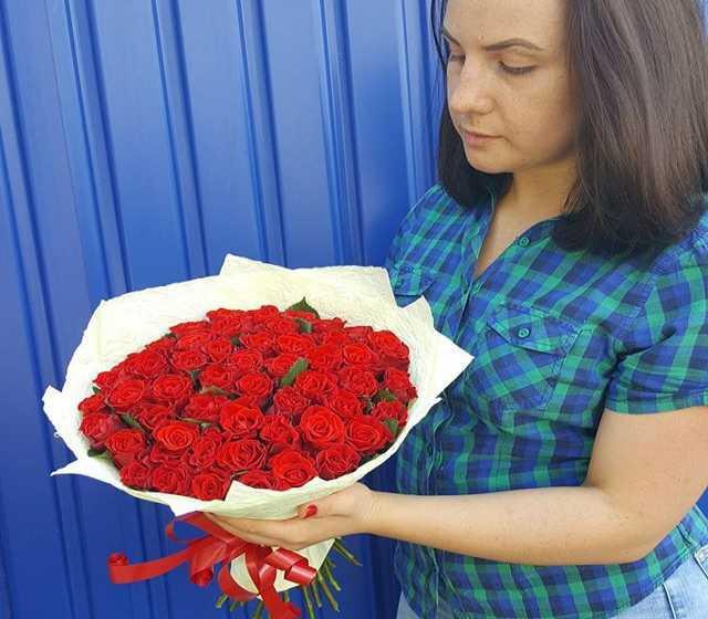 Продам Розы в Липецке 51 роза - 1800 руб