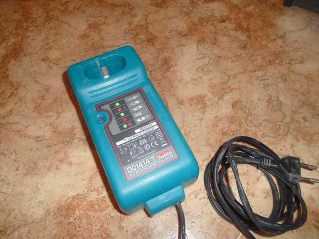 Продам Зарядник МАКИТА 7,2-14,4 вольт
