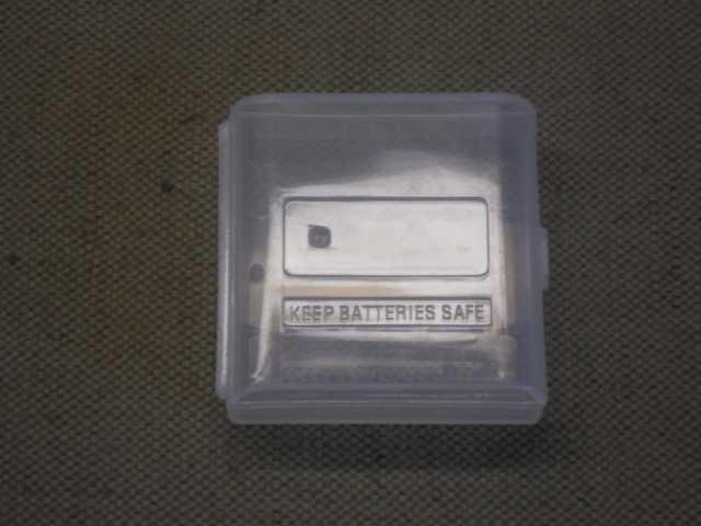 Продам Бокс для батарей / аккумуляторов ААА