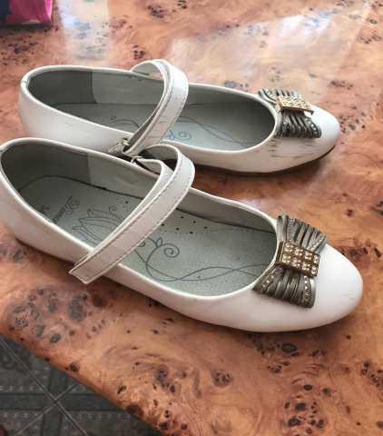 Продам продам детские туфли31размер 89184561914