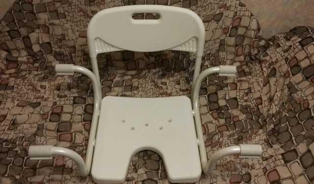 Продам Сиденье для ванны