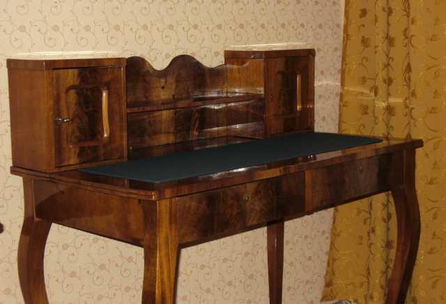 Продам Антикварный старинный ампирный стол