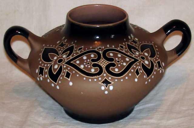 Продам: Крамическая вазочка.