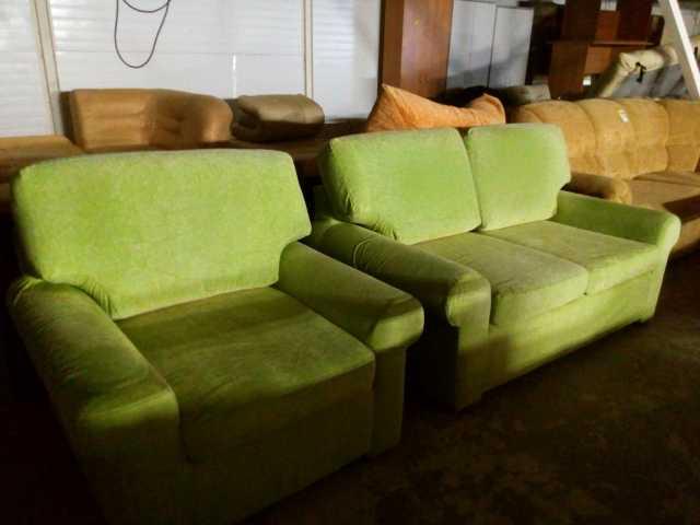 Продам кресло и диван