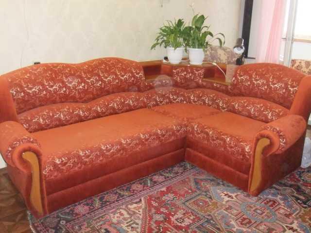 Продам: угловой диван (на обе стороны)+кр-кроват