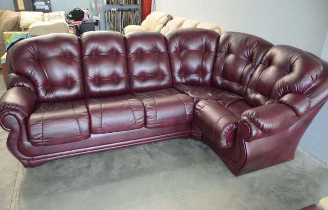 Продам Угловой диван-пуховик