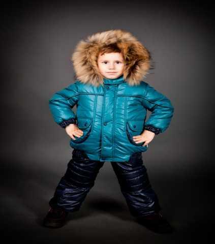 Продам Зимний комплект на мальчика Дениска .Нов
