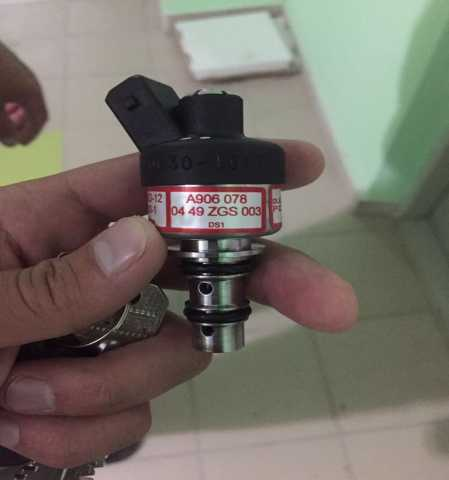 Продам Клапан A9060780449