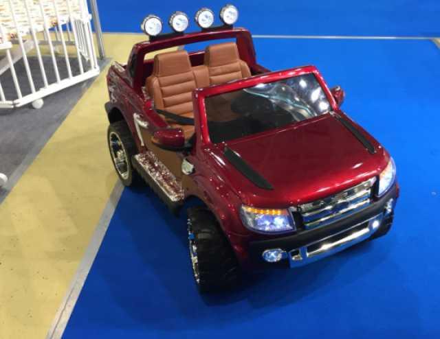 Продам Электромобиль Ford Ranger красный (детск