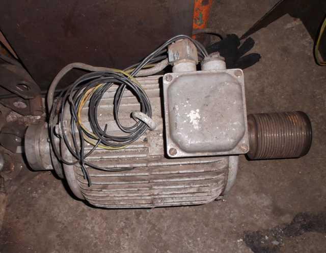 Продам Двигатель главного привода Размер 2М-5-2