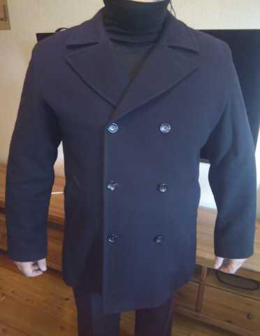 Продам пальто мужское шерстяное черное тёплое.