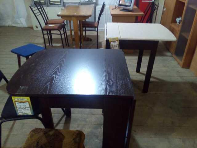 Продам стол на кухню новый