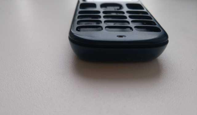 Продам Nokia 100 корпус б/у