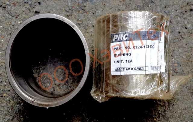 Продам X124-102100 (61Q6-04120) втулка