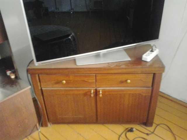 Продам Тумба под ТВ